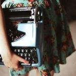 Recursos do Escritor 8: Lições sobre Escrita Criativa em 'Uma máquina de escrever azul'