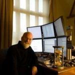 Escritos & Afins: Baú das Curiosidades – Os Monitores de Terry Pratchett